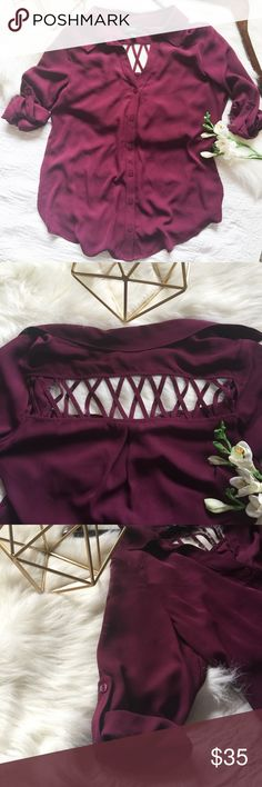nwt// b•wear v neck button down caged hi-low shirt •b•wear •nwt •v neck button down caged hi-low shirt •3/4 sleeves with button to lengthen sleeve •very light and flowy material  •can be paired with leggings, skinny jeans or shorts, very versatile •gorgeous cranberry color •color is truest in last 3 pics •size small  •material: 100% polyester   •please see all pics, read description, and ask questions before purchasing   •no trades• •reasonable offers welcomed• •10% off 2+ items• b•wear Tops…