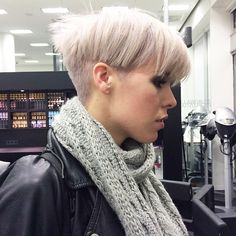 We love her new #bowlcut so much we thought we'd feature a side view. Thanks @l.is.aberlin for allowing us the opportunity to feature your beautiful #shorthairstyle #greatcutandcolour...