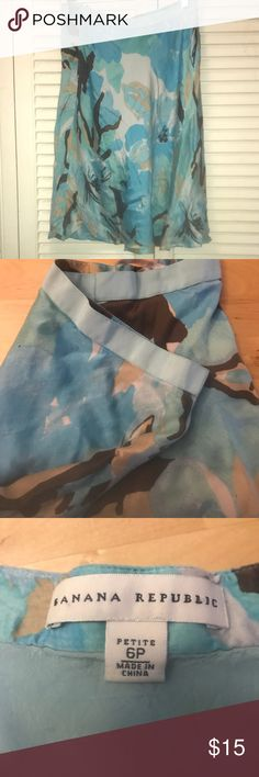 Banana Republic 6P Silk Skirt So soft! EUC I wish it was my size! Banana Republic Skirts Midi