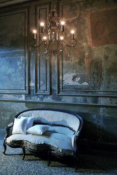 Lustres - Voxpopuli / créateur de luminaires et objets de décoration à Avignon. Fabrication de lustres, lampes et objets de décoration en fil de fer et cristal