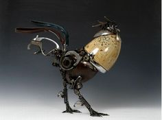 Rooster made of car parts by Australian artist James Corbett.           ~  TALENTED❗️❗️❗️IT'S SO FREAKIN' ADORABLE Not sure if that was what he was aiming for, when he made it? But it REALLY is TOO CUTE‼️