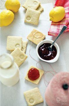 Lemon shortbread sandwich assembly by Sam Henderson of Today's Nest