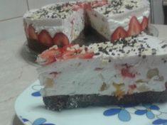 Cheesecake cu capsuni Cheesecake, Pudding, Desserts, Tailgate Desserts, Deserts, Cheesecakes, Custard Pudding, Puddings, Postres