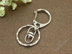 10pcs 25x25mm White gold D clasp keychain key by 2big3smalldiy