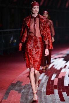 Maud Welzen - Valentino Collection Shanghai 2013