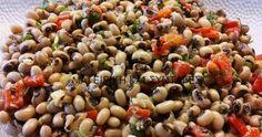 Ελληνικές συνταγές για νόστιμο, υγιεινό και οικονομικό φαγητό. Δοκιμάστε τες όλες Greek Cooking, Fun Cooking, Cooking Recipes, Healthy Recipes, Greek Appetizers, Appetizer Salads, Clean Eating Diet, Healthy Eating, Smoked Salmon Salad
