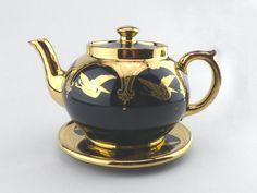 Gibson & Sons Black and Gold Teapot 5 Teacup by GoldcrestVintage  www.goldcrestvintage.com