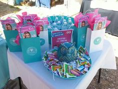 Display table for bookings at vendor events. Connect with me on FB for more JB display ideas! https://englishcharm.origamiowl.com