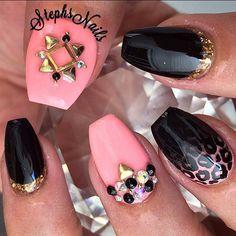 #coral#black#ombre#leopard#cutenails#goldnails#diamonds#studs#cutenails#acrylicnails#blackdiamonds#stephsnails#lodinails#shortcoffinshape#coffin#nails#stephset
