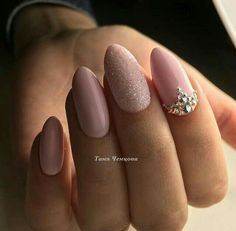 90+ Beautiful Unique and Trendy Nail Art Designs for Christmas