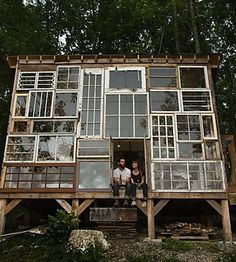 37 Inspiring Glass Cabin Design Ideas With Recycled Windows To Try - Winter is over, and it's time to replace old windows and doors that aren't energy efficient. In any town or city, you will see stacks of old window sa. Recycled Windows, Old Windows, Windows And Doors, Camping 3, Camping Style, Cabin Design, House Design, Cabins In West Virginia, Tiny Mobile House