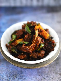 Learn how to make Kerala Style Mutton Stir Fry - Mutton Ularthiyathu. Mutton marinated and cooked in spices and roasted in coconut oil. Kerala Food, Famous Recipe, Ramadan Recipes, Roast Recipes, World Recipes, Pressure Cooking, Popular Recipes, Back Home, Stir Fry