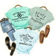 Cute Disney, Disney Style, Disney Diy, Disney World Outfits, Disney Vacation Outfits, Vacation Shirts, Disney Inspired Fashion, Disney Fashion, Disney Shirts