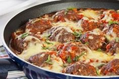 Polpetone ou Porpetone já é uma delícia puro; experimente à parmegiana experimente Ingredientes 800 gramas de carne moída 200 gramas de queijo mussarela ralado 2 fatias de pão de