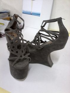 grey wedges shoes for sell. 39-40. 15cm. #gagawedges #beehaveornament