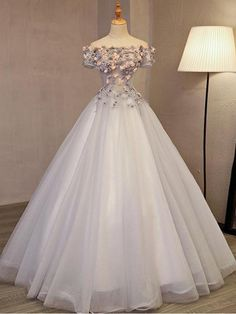 Chic / Beautiful Silver Prom Dresses 2017 Ball Gown Off-The-Shoulder Short Sleeve Appliques Flower Beading Rhinestone Floor-Length / Long Backless Formal Dresses - No Interest Credit Cards - Ideas of No Interest Credit Cards - Prom Dresses 2017, Long Prom Gowns, A Line Prom Dresses, Ball Dresses, Ball Gowns, Long Dresses, Wedding Dresses, Short Prom, Quinceanera Dresses