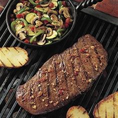 Fire up the grill and try this delicious southwestern marinade on Top Round Steak paired with flavorful zucchini, mushrooms, and bell peppers.