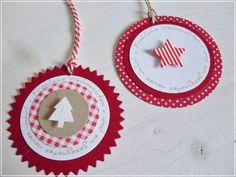 Ein paar Geschenkanhänger sind fertig geworden mit dem Kreiswunsch 'fröhliche Weihnachten und ein gesegnetes neues Jahr'. Wenn man das...