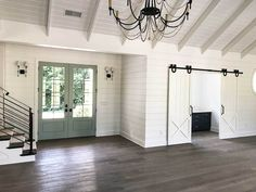 Country Craftsman with Vaulted Interior and French Door Foyer - 24374TW - 23