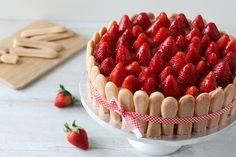 Rezept: Erdbeer-Quark-Torte mit Löffelbiskuit http://www.fanfarella.at/72b8