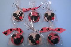 Mickey Mouse and Minnie Mouse cookie favours Cakes By Jacques Mickey Party Decorations, Mickey Mouse Party Supplies, Cookie Favors, Favours, 3rd Birthday, Birthday Parties, Minnie Mouse Cookies, Iced Biscuits, Party Bag Fillers