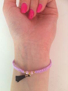 Mein Armband mit trendiger Quaste  von ! Größe  für 2,00 €. Sieh´s dir an: http://www.kleiderkreisel.de/accessoires/armbander/155623628-armband-mit-trendiger-quaste.