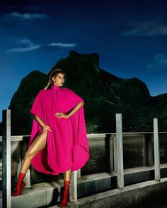 Publication: Vogue Paris June/July 2017 Model: Gisele Bündchen Photographer: Mario Testino Fashion Editor: Anastasia Barbieri Hair: Marc Lopez Make Up: Val Garland PART I Gisele Bundchen, Runway Models, Balenciaga Boots, Valentino Dress, Mario Testino, Bikini, Vogue Magazine, Fashion Models, Fashion Trends