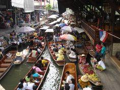 Floating Market, Damnoem Saduak, Thailand
