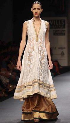 Manish Malhotra's #AW13 @ Wills Lifestyle India Fashion Week March, 2013, Delhi http://www.facebook.com/pages/Manish-Malhotra/147482601960327 ~