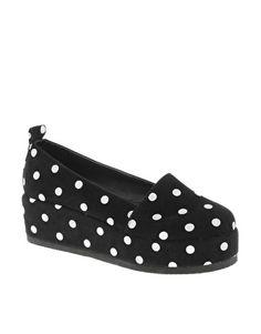Aumentar Zapatos slippers con plataforma plana VACANT de ASOS