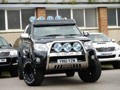 Used Toyota Hilux Pickup 3.0 D-4d Invincible Crewcab Pickup 4dr in Bedford, Bedfordshire   Samys Car Sales Ltd
