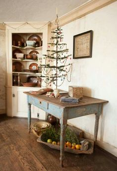 Primitive tree on the perfect table!