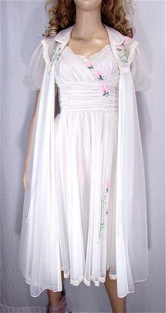 Vintage Peignoir Set XSMALL 32 Bridal Lingerie by PlayItAgainGlam