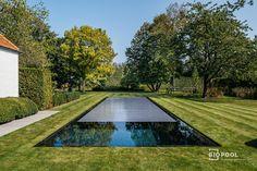 Bouwkundig   Mozaïek   overloopzwembad met rondom gras - Biopool   Zwembaden & zwemvijvers Rondom, Gras, Sidewalk, Projects, Log Projects, Blue Prints, Side Walkway, Walkway, Walkways