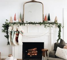 Mantle Decor To Swoon Over this Holiday Season - holiday mantle decor to swoon over this holiday season // kendallandalexis…. Christmas Mantels, Winter Christmas, Christmas Home, Christmas Garlands, Bohemian Christmas, Christmas Fireplace, Simple Christmas Decorations, Christmas Quotes, Modern Christmas Decor