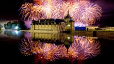 Stunning fireworks display at the Château de Chantilly ... Photo Courtesy © Daniel Bedouin   #IDreamOfChantilly #ExperienceFrance