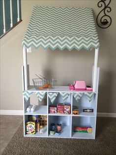42 Ideas kitchen diy kids grocery store for 2019 Play Spaces, Kid Spaces, Kids Grocery Store, Kids Market, Play Market, Playroom Organization, Toy Rooms, Kids Corner, Little Girl Rooms