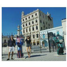 Vanessa Moody à La Havane Chanel cruise http://www.vogue.fr/mode/mannequins/diaporama/la-semaine-des-tops-sur-instagram-avril-2016/33284#vanessa-moody-a-la-havane