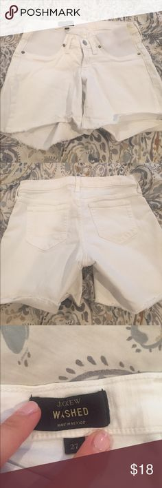 J.Crew Maternity shorts size 27 J. Crew maternity shorts in white size 27; good condition. See photos for yellowish Mark on the sides. J. Crew Shorts Jean Shorts