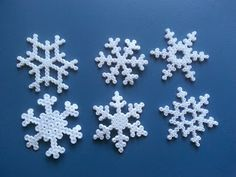 I can imagine a whole chain/garland of these Hama bead snowflakes :) . . .