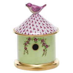 """Herend Hand Painted Porcelain """"Bird House Box"""" Raspberry Fishnet Gold Accents."""
