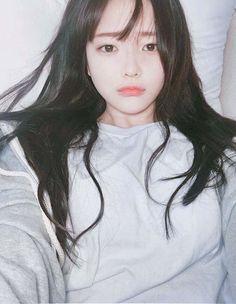 Goodnight everyone I hope you had a good day boo👻💕 Ulzzang Hair, Ulzzang Korean Girl, Snap Girls, Cute Girls, Korean Beauty, Asian Beauty, Hwa Min, Uzzlang Girl, Just Girl Things