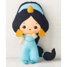 Boneca Princesa Jasmine em feltro feita à mão