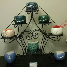 Getting ready for the Christmas Craft Fair! Do you like my new yarn bowl display?