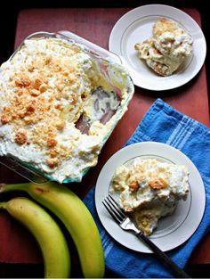 Paula Deen's Banana Pudding Banana Split Cake Recipe, Banana Pudding Recipes, Just Desserts, Delicious Desserts, Dessert Recipes, Yummy Food, Dessert Ideas, Food Network Recipes, Cooking Recipes