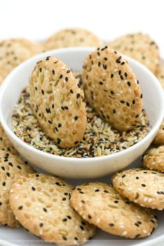 "CRUNCHY SEED COOKIES: Poppy seeds, sesame seeds, flax seeds and fennel seeds! These are said to be ""noisily crunchy, light, addictive""."