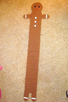 Dly's Hooks and Yarns: ~ child's gingerbread boy scarf ~