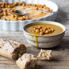 Leckere Kürbissuppe mit gebackenen Kichererbsen und viele weitere Rezeptideen