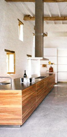= kitchen, rangehood, white wall and windows = Bulthaup space solutions