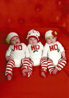 For Christmas ~@Lissy Early @Amanda Bobzien &@Kaitlin Taylor  Lets's try something like this for our 3 little Christmas babies :-)